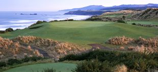 Golfing at Bandon Dunes